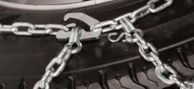 Cum pui lanturile la o masina inzapezita